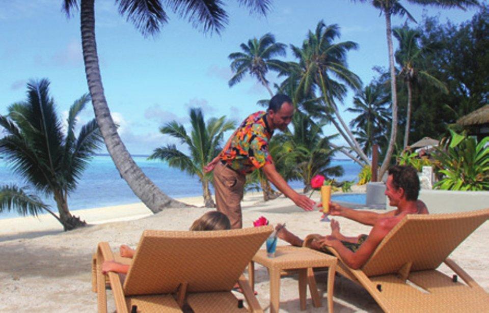 Nautilus Resort Rarotonga beach